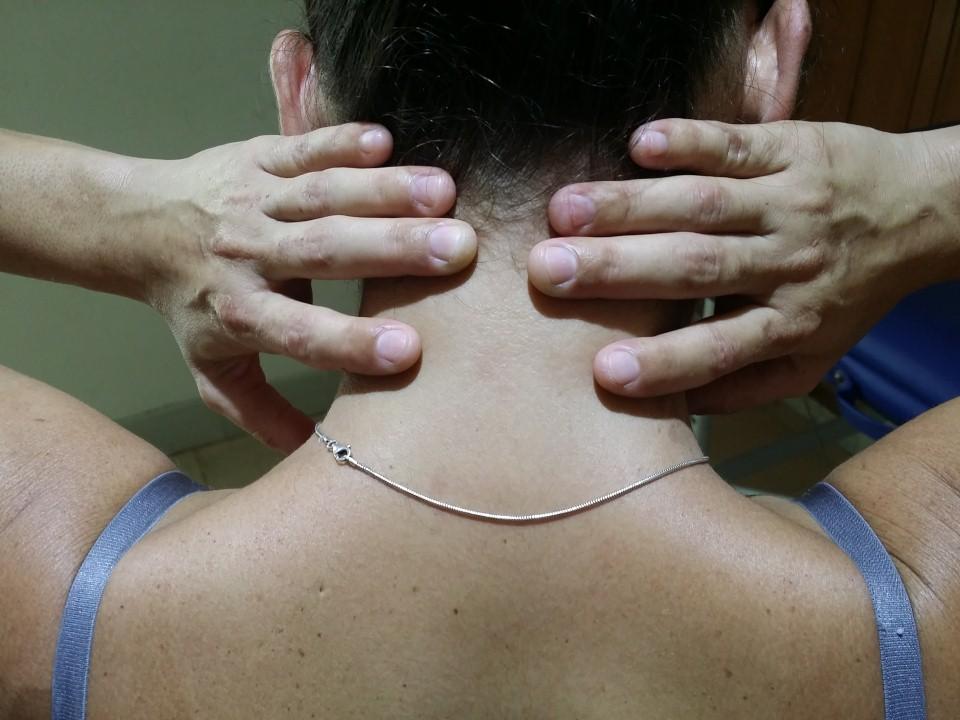 El Dolor de cuello y masaje